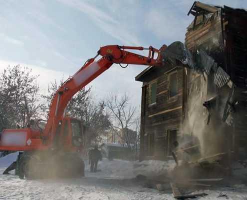 Демонтаж дома и вывоз мусора в Санкт-Петербурге
