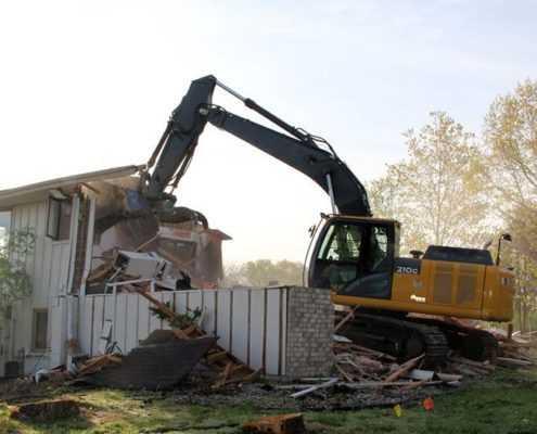 Демонтаж дома в Лен. области
