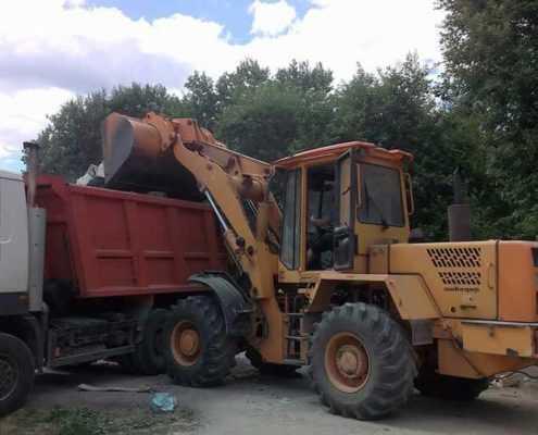 Вывоз строительного мусора в Ленинградской области СК ООО «Эверест»
