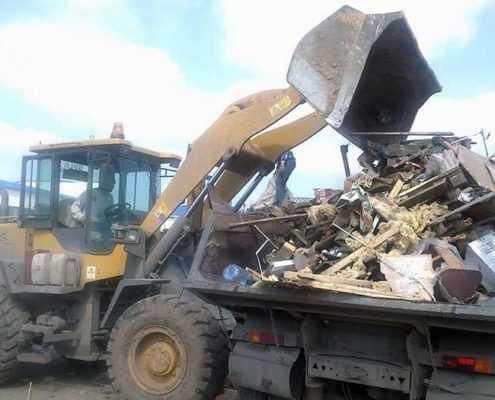 Вывоз строительного мусора недорого в СПБ СК ООО «Эверест»