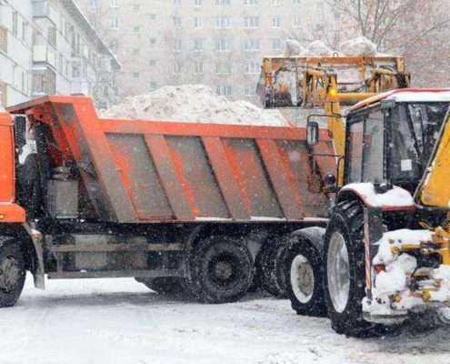 Уборка и вывоз снега в СПБ